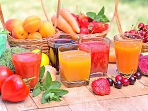 Sebenarnya Lebih Baik Minum Jus Sayuran atau Buah?