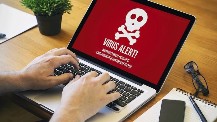 Ilustrasi komputer diserang.