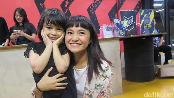 Cute, Rambut Kembaran Marshanda dan Sienna