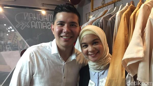 Ramadan, Haykal Kamil dan Istri Berlomba dalam Kebaikan