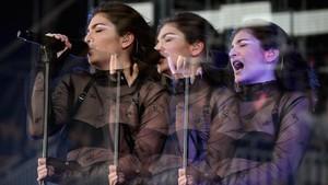 Lorde Muncul setelah Tuduhan Grammys So Male