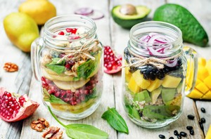 Tubuh Langsing dengan Diet <i>Raw Food</i> Bisa Berefek Negatif pada Tubuh