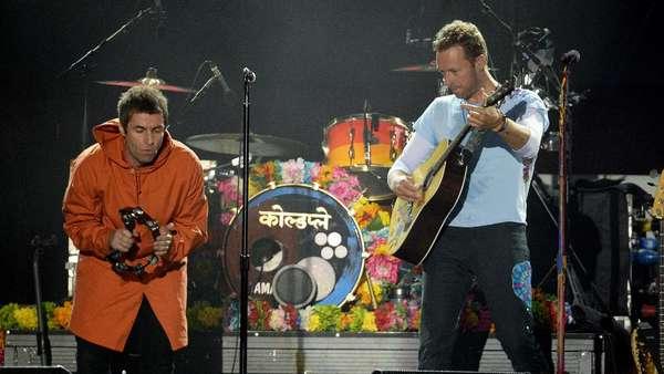 Aksi Para Musisi di Konser Amal One Love Manchester