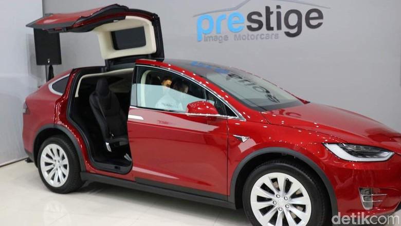 Tesla Model X (Foto: Dina Rayanti)