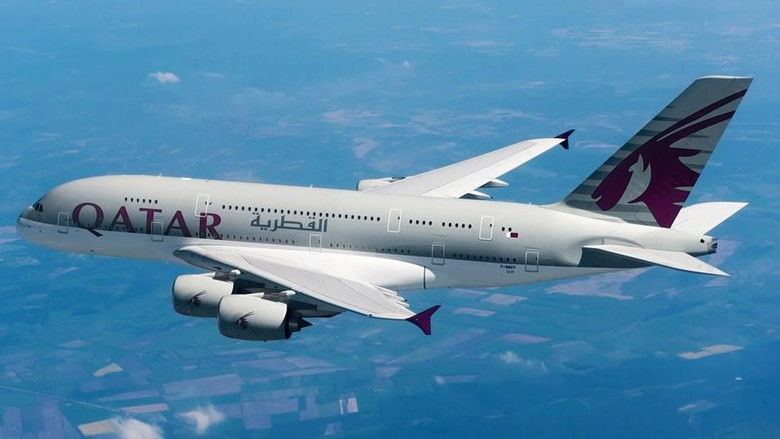 Pesawat Qatar Airways