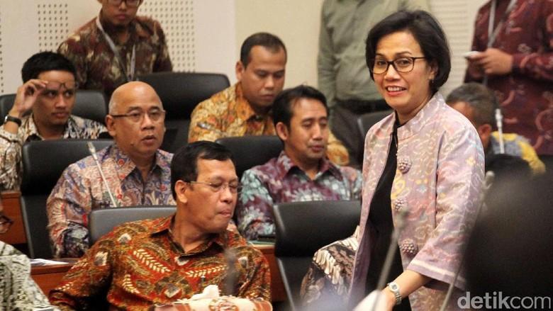 Menkeu, Menteri PPN dan Gubernur BI Rapat dengan Banggar DPR