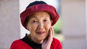 Keren! Nenek 82 Tahun Masih Semangat Belajar Coding