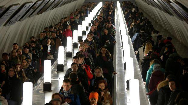 Wujud Megah Stasiun Kereta Terindah di Rusia
