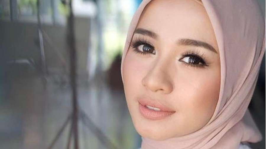 Seleb Cantik Diluluhkan Pria Malaysia, yang Langgeng dan yang Tragis
