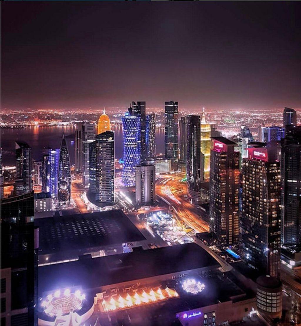 Lewat akun Instagram @seemydoha dan @visitqatar kita dapat melihat tata kota Qatar yang beribu kota Doha memiliki bangunan megah. (Foto: Instagram)