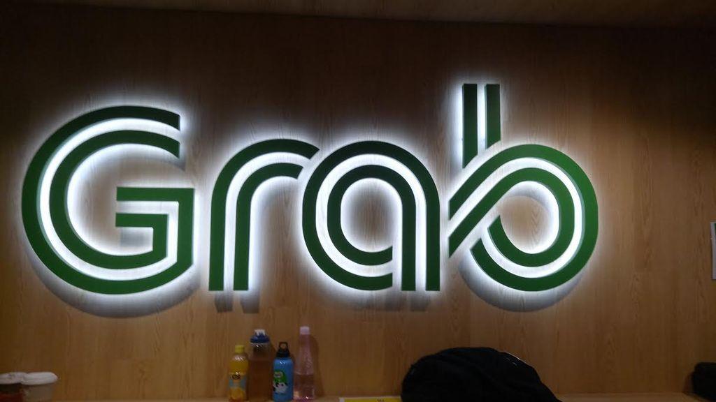 Kantor pusat Grab berada di Cecil Street, Singapura. Terlihat logo besar Grab di sana. Foto: Nathania/detik