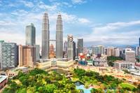 Kuala Lumpur adalah kota metropolitam yang lengkap di Malaysia. Sebagai ibu kota, di sini juga jadi tempat para legislatif dan rumah bagi sang raja (Foto: Thinkstock)