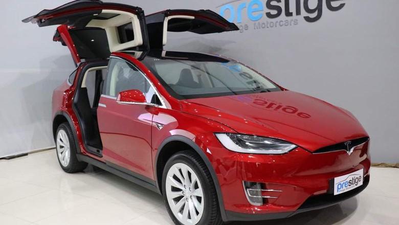 Aturan Mobil Listrik Diteken Harga Tesla Belum Tentu Jadi Murah