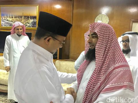 Bertemu Imam Besar Masjid Nabawi, Anies Bahas Kondisi Umat Islam