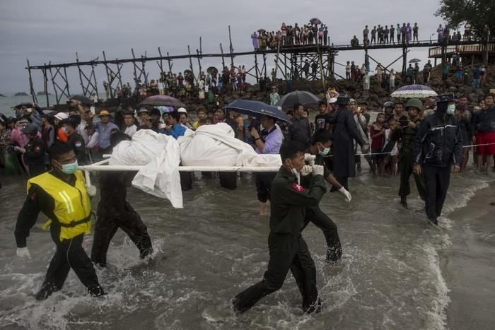 Arti mimpi orang meninggal. Foto: AFP PHOTO/Ye Aung Thu