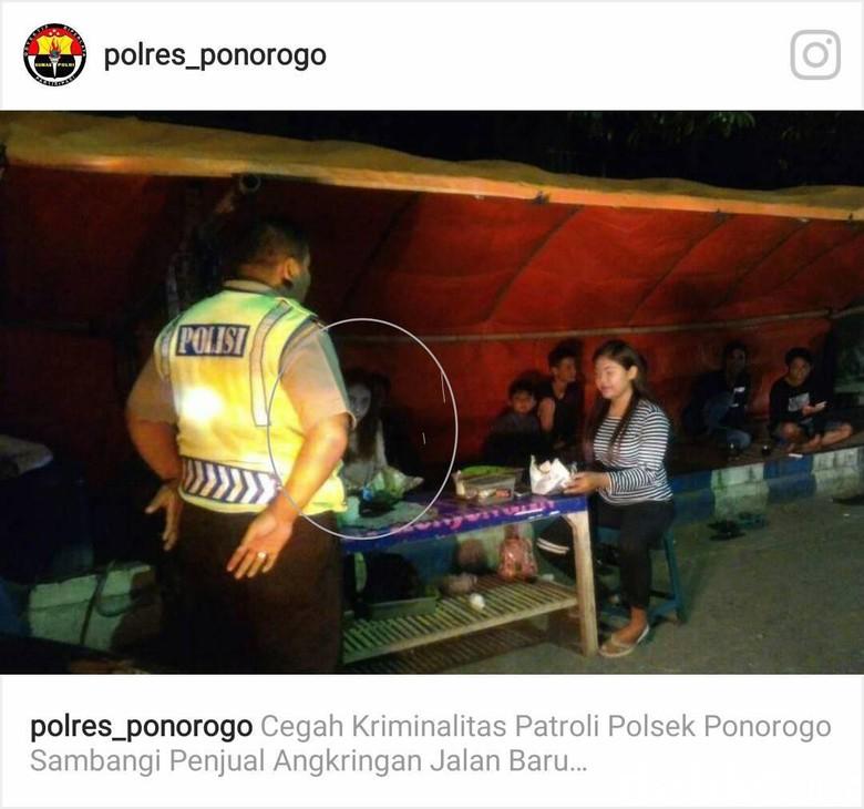 Geger Perempuan Misterius dalam Foto Patroli Polisi di Ponorogo