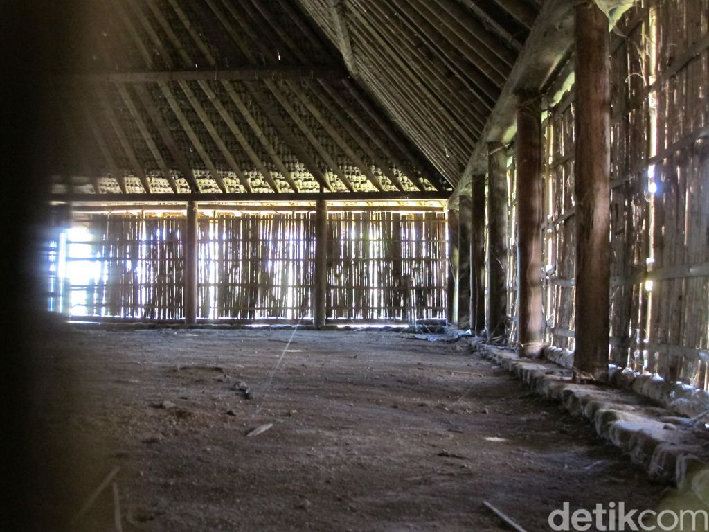 Masjid Kuno Bayan Beleq di Lombok