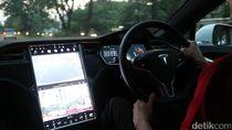 Mobil Listrik Terbakar saat Kecelakaan, Tesla Digugat