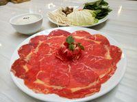 Sekai: Berbuka Lengkap dengan Sushi dan Shabu-shabu