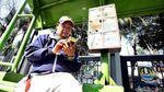 Halte Bus di Kota Bekasi Sediakan Charger Ponsel Gratis
