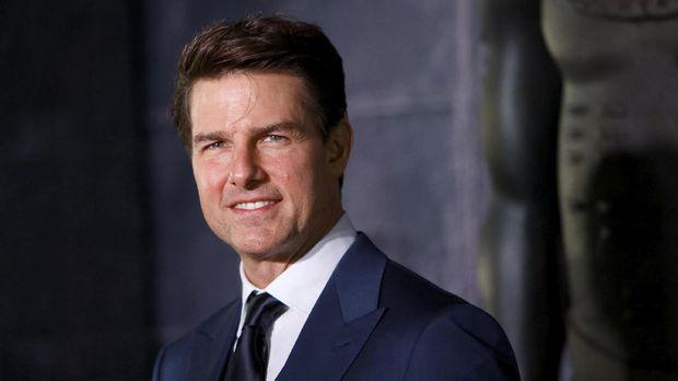 Tom Cruise merupakan salah satu anggota Scientology yang terkenal.