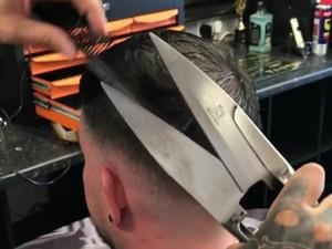 Potong Rambut Pakai Gunting Bulu Domba, Berani Coba?