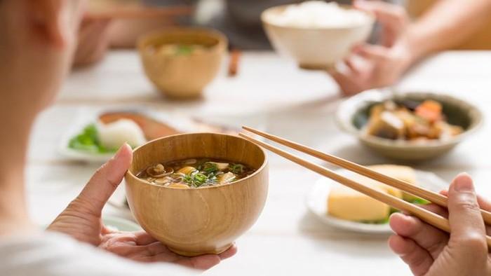 Ilustrasi pola makan warga Jepang. Foto: iStock