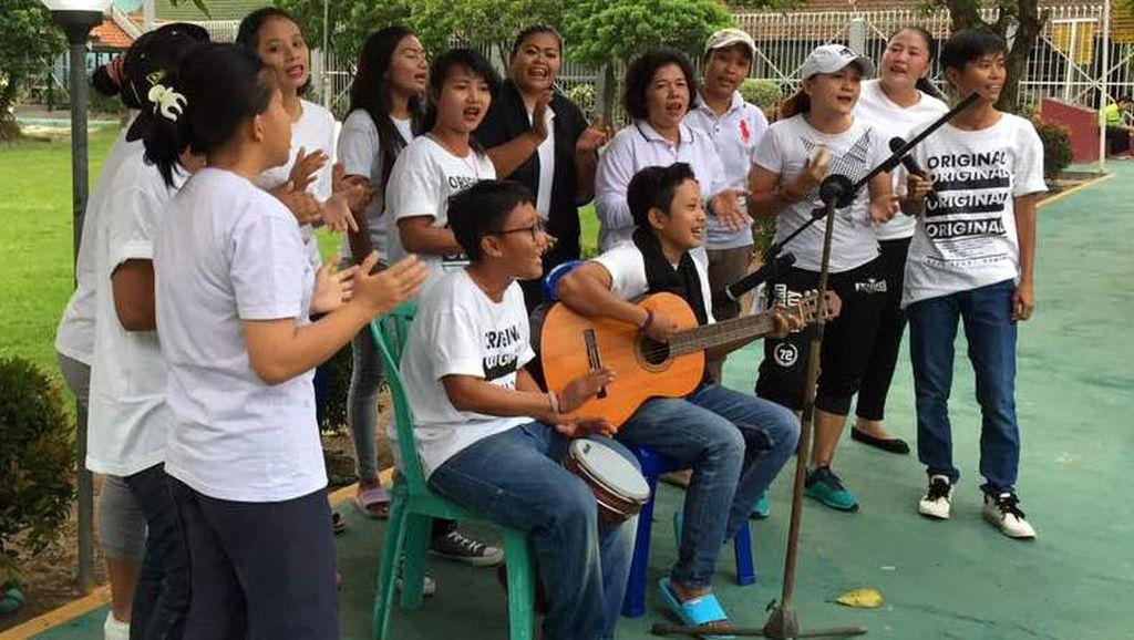 Bernyanyi Bersama Diklaim Bisa Bantu Pulihkan Gangguan Mental