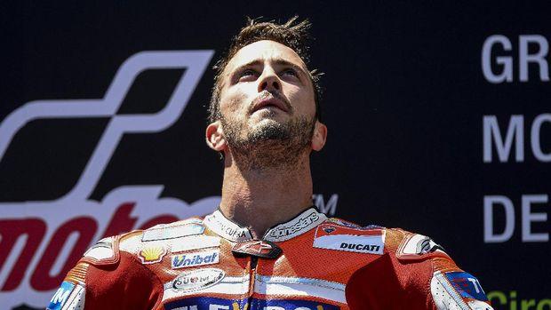 Andrea Dovizioso berada di tempat kedua tes MotoGP Valencia hari kedua.