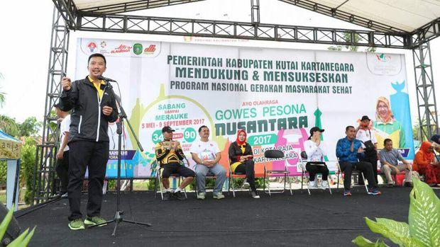 Menpora Imam Nahrawi berpidato saat Gowes Pesona Nusantara di Kutai Kertanegara