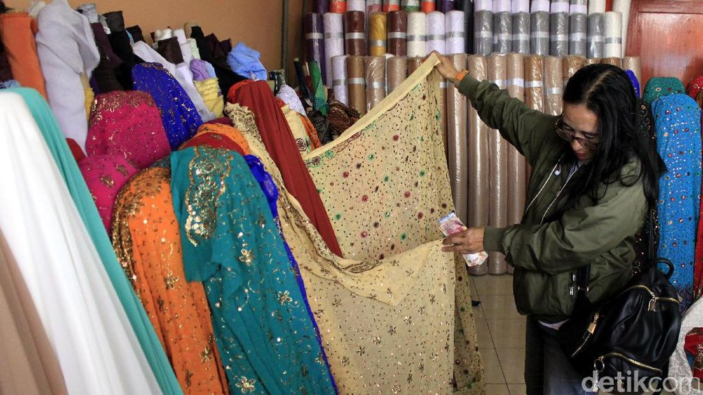 Diserbu Impor, Pengusaha Tekstil Minta Perlindungan ke Jokowi