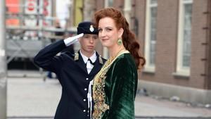 Inspirasi Baju Lebaran dengan Abaya ala Puteri Maroko Lalla Salma