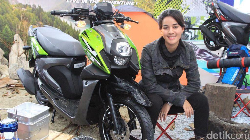 Rider Cantik, Garang di Sirkuit, Lumer di Jalan Raya