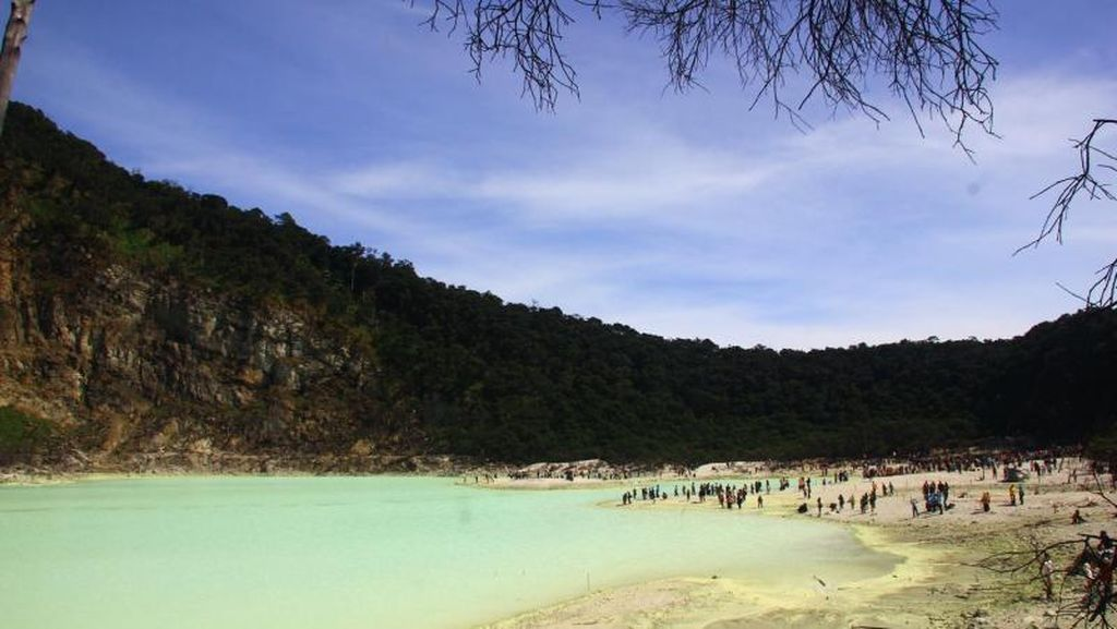 Hore! Wisatawan ke Pangandaran & Kawah Putih Nanti Bisa Naik Kereta