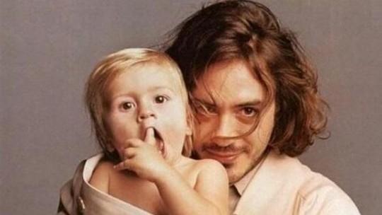 Robert Downey Jr dan Putranya Indio Downey, Lebih Tampan Mana?
