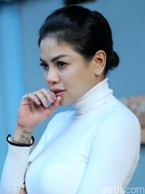 Nikita Mirzani Tak Tahu Sajad Transfer Ratusan Juta