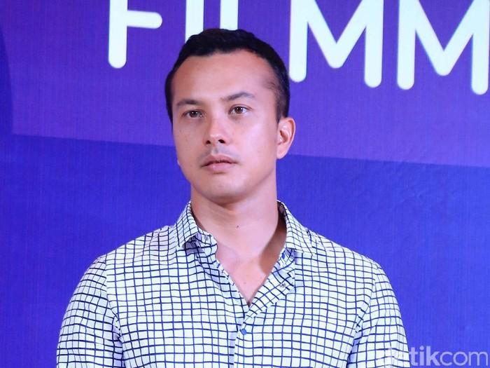 Nicholas Saputra saat ditemui di Fairmont Jakarta.