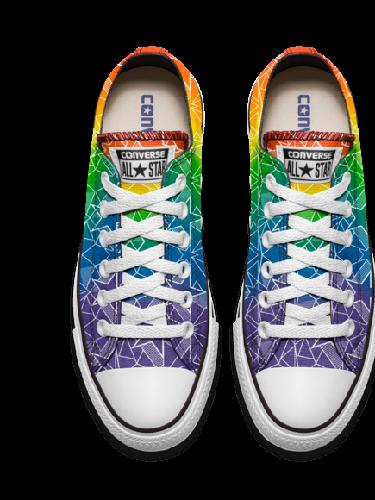 Miley Cyrus Rilis Sneakers Bersama Converse b5f4d02d46