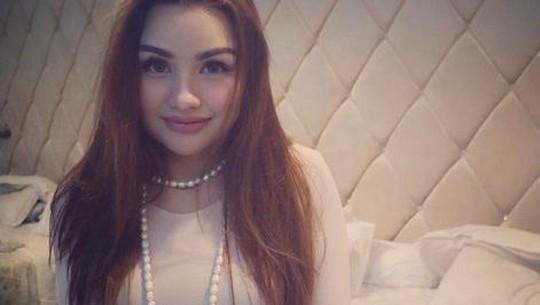 Nourah Sheivirah Tak Kalah Cantik dari Tamara Bleszynski
