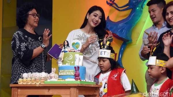 Momen Perayaan Ulang Tahun ke-34 Karenina Sunny