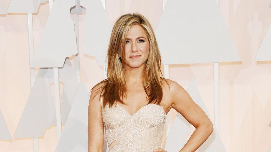 Deretan Foto Ini Bukti Jennifer Aniston Awet Muda Meski Umur Tambah Tua