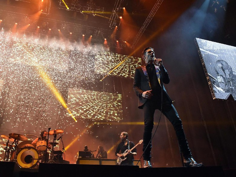 Belasan Tahun Bersama The Killers, Apa Lagu Favorit Brandon Flowers?