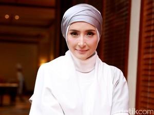Ramadan Tanpa Suami Lagi, Inneke Koesherawati Tetap Sabar Menunggu