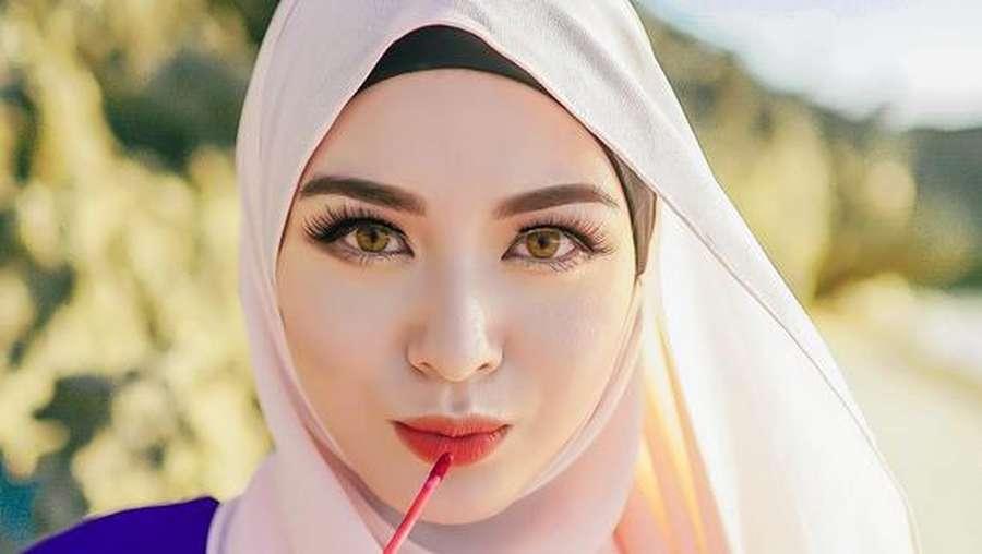 Ini Ayana Moon, Mantan Idol Kpop yang Jadi Mualaf