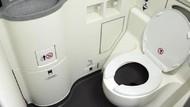 Apa Limbah Toilet Pesawat Dibuang di Tengah Penerbangan?