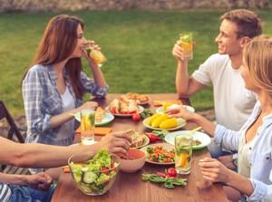Ngobrol Soal Makanan Ternyata Bisa Bikin Tubuh Lebih Sehat