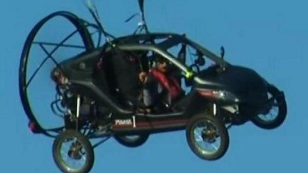 Bruno dan juga Pegasus, mobil terbangnya (Reuters)