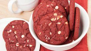 Yuk, Bikin Red Velvet Cookies yang Manis Renyah!