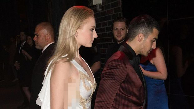 Joe Jonas dan Sophie Turner