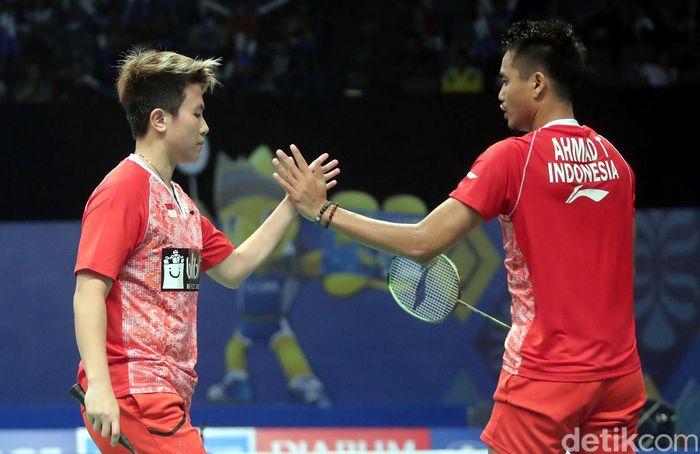 Pasangan ganda campuran Indonesia yang akrab disapa Owi/Butet itu menggulung tim lawan dari Malaysia Tan Kian Meng/Lai Pei Jing dengan skor 21-18 21-16.